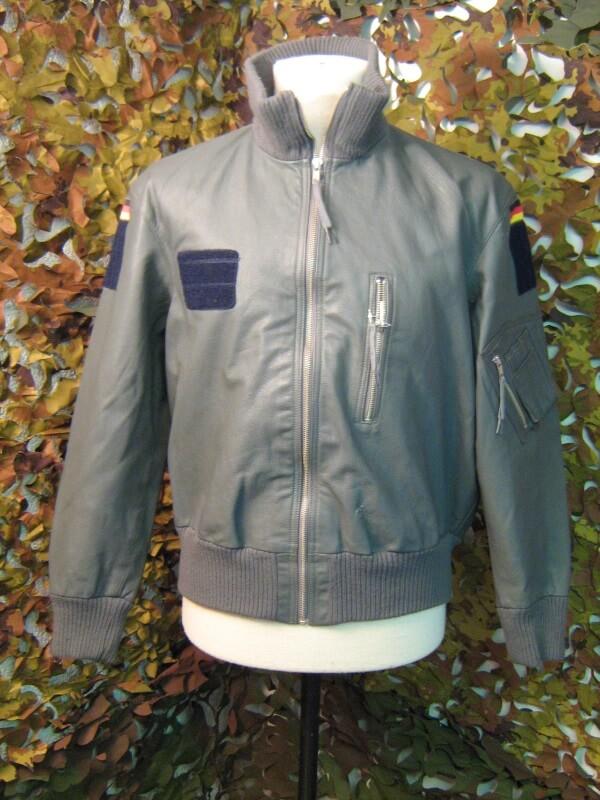 Bomber grigio tedesco giacca da pilota tedesco in pelle - Porta in tedesco ...
