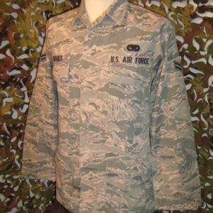 Camicia Camouflage BDU DSCP Official Air Force Garment BDU Utility Airforce Aviazione Statunitense 50% Nylon 50% Cotone Chiusura principale a bottone