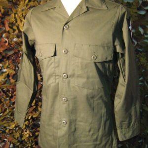 Shirt Utility '87 50% Polyestere 50 % Cotone Verde Oliva DLA100-87-C-0459 Shirt manica lunga Con due tasche Applicate con chiusura a pattella con bottone